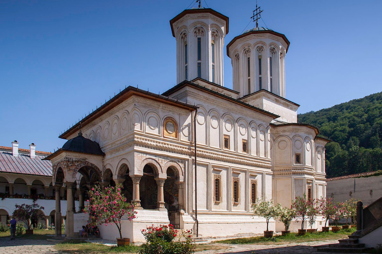 stilul brâncovenesc - manastirea horezu