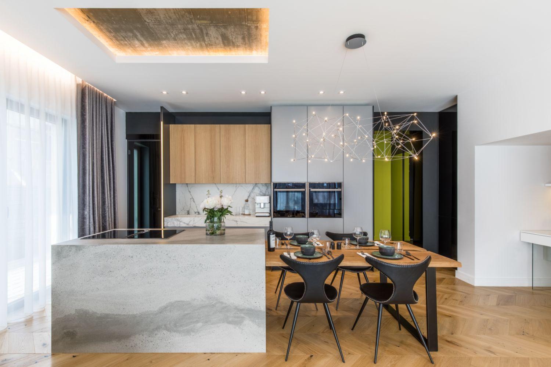 Amenajare vila duplex Otopeni stil eclectic - Sergiu Califar - Pure Mess Design - bucatarie minimalista cu insula ciment (3)