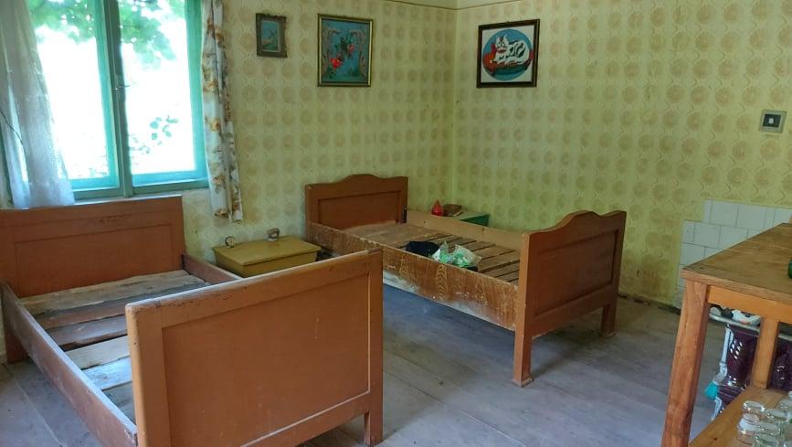 Mădălina și Lucian vor să transforme casa mică într-o casă de oaspeți